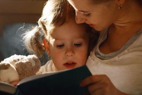 Il momento di andare a letto diventa una lotta con il tuo bambino?